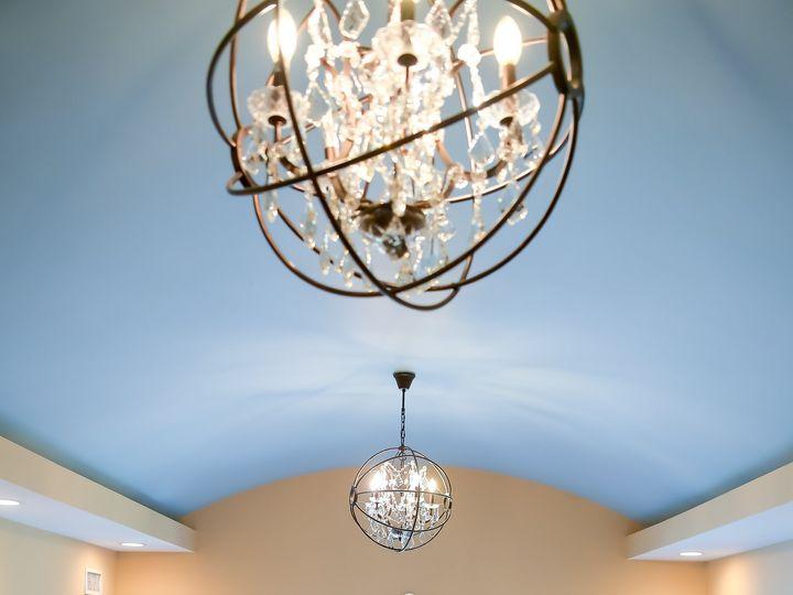 Tmx Bride Balcony Suite Chandelier 51 668493 161012004776482 Sparta, NJ wedding venue