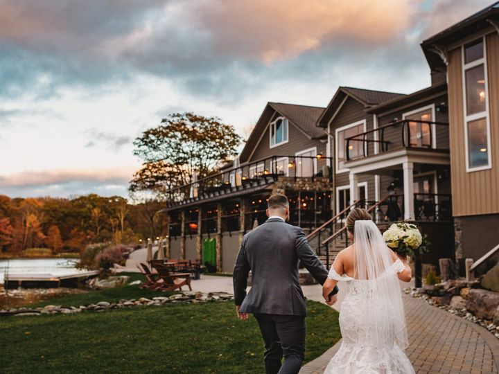 Tmx Just Married Walking To Venue 51 668493 161012470342217 Sparta, NJ wedding venue