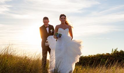 Jacqueline Mia Foster, Beach Plum Photography