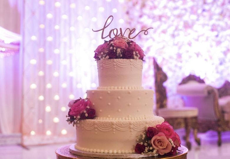 Sarah Kelly Photography | Desi wedding cake with love cake topper