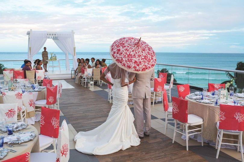 Azul Beach Resort Skywedding
