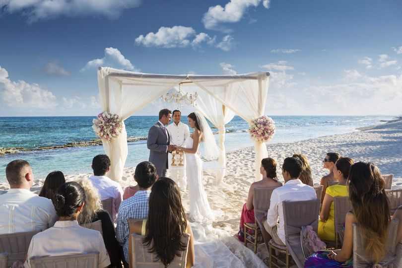 El Dorado Resort coastline ceremony