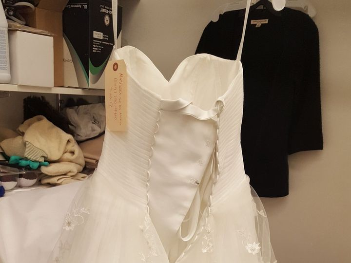 Tmx 1528642645 2ee252a08289f2cb 1528642640 Dc193949ef902bbd 1528642630088 7 DF977A22 928E 445B Rancho Cucamonga wedding dress