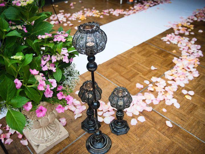 Tmx 1519318130 Ae289581f6a45881 1519318127 5d0243ea8525cbcd 1519318127667 27 5a616f 8df941fef7 Chappaqua, New York wedding florist