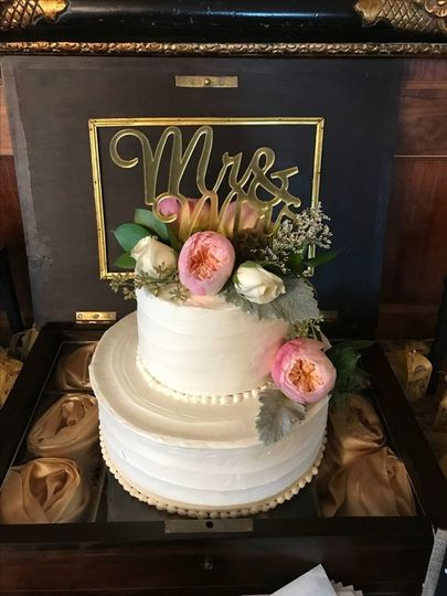 Two-tiered cake with florals