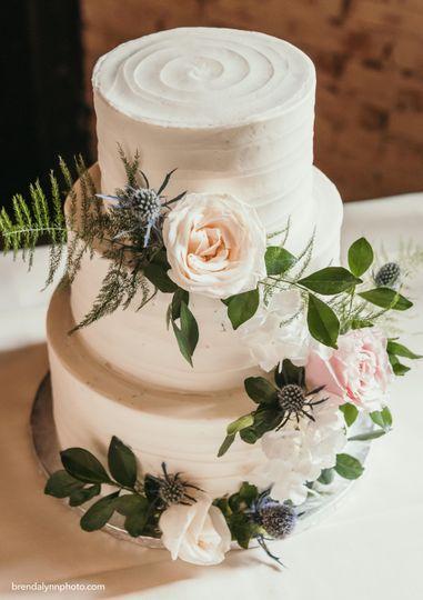 Three-tiered simple cake