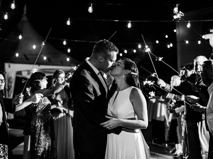 Tmx Sparkles 51 1384693 159853423879576 North Bennington, VT wedding venue