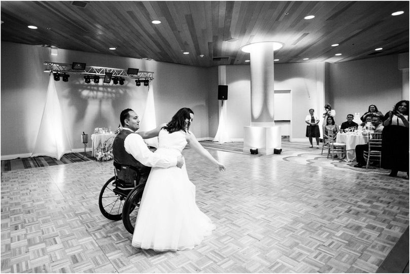 destination intimate elopement wedding photographe