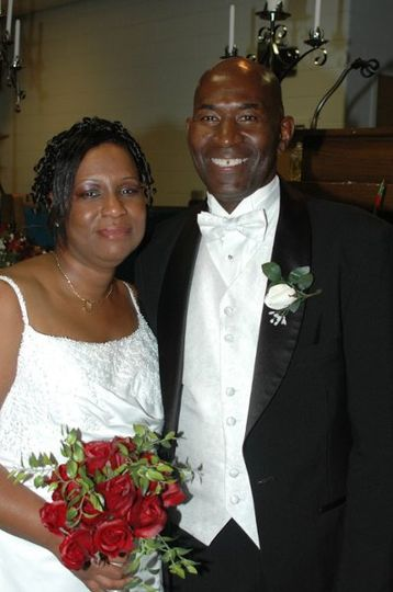 The new Mr. & Mrs. Lawrence O'Neal on their July 28, 2007 wedding.