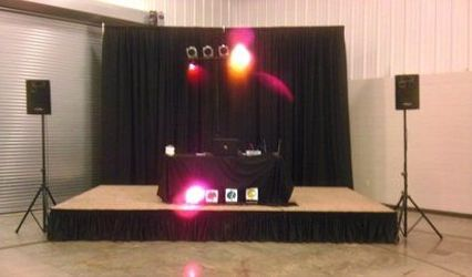 Olcott Productions Mobile DJ Service 1