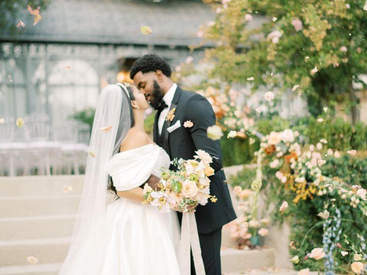 Tmx Etherandsmith Lavendermarketplace 880 Min 51 1897693 160377035496033 Costa Mesa, CA wedding planner