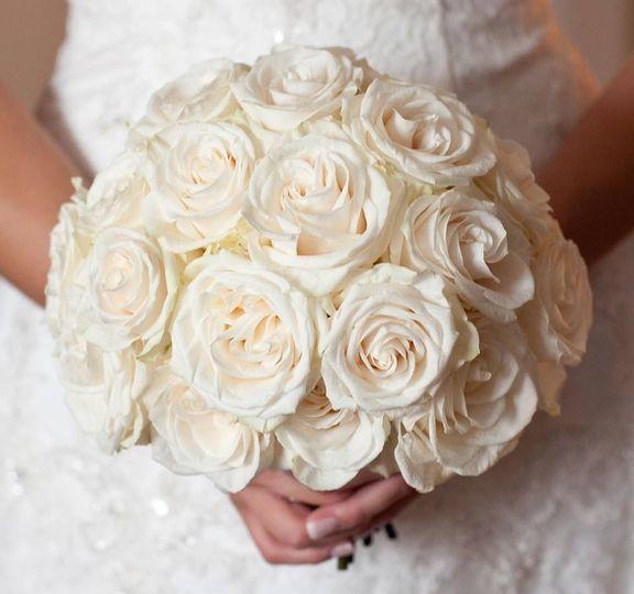 8935d185f95bd243 bouquet