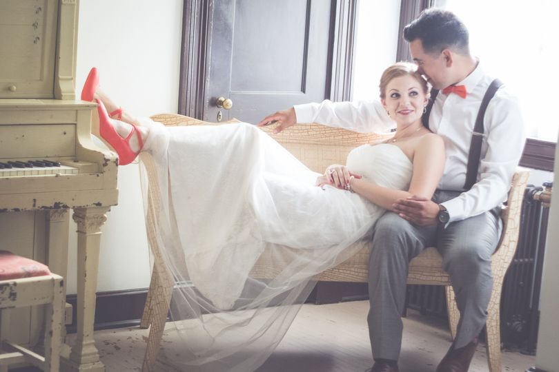 Gorgeous couple at Spring Gate Vineyard in Harrisburg PA