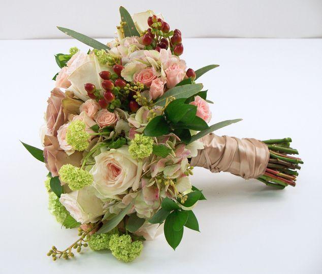 Gillespie florists flowers indianapolis in weddingwire gillespie florists 1006831 izmirmasajfo