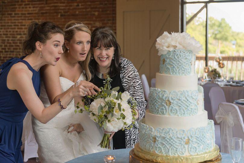 b02961d33d8aac16 The Three Divas Cakes