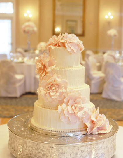 The Three Divas Events - Wedding Cake - Wilmington, NC - WeddingWire