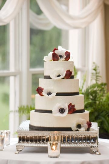 Frosted in Italian Buttercream - Black Fondant Band & Live Flowers