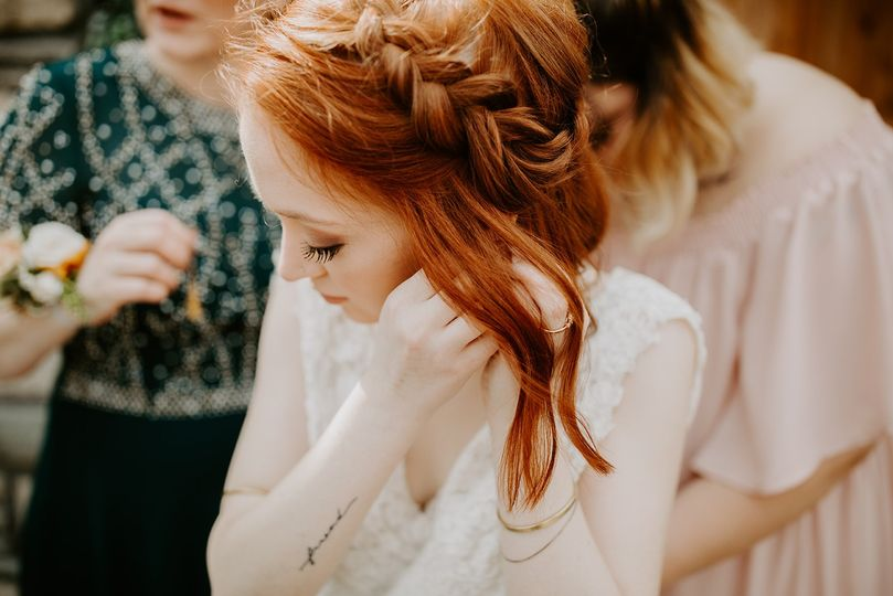 Soft and romantic hair and makeup