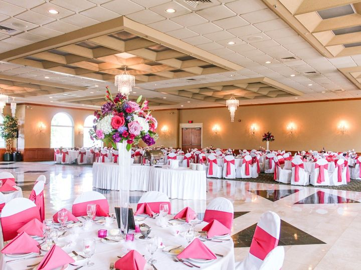 Tmx Annamaria Robert 34 51 44793 1568050092 Livonia, MI wedding venue