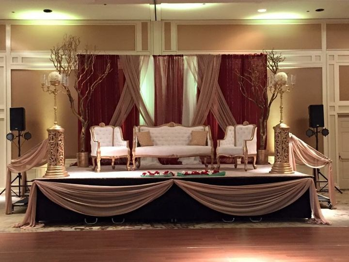 Elite wedding decor lighting decor tucson az weddingwire 800x800 1478049144525 img8806 junglespirit Images