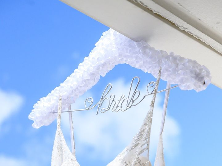 Tmx 34 Wed Hannahpetey Bridesgr Ex Wm Lr Dsc 8282 51 774793 158809164972013 Sarasota, FL wedding planner