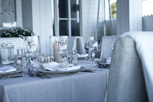 Silver decorated table set-up