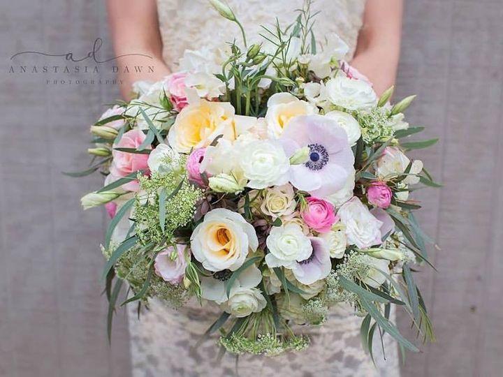 Tmx 1471190591276 130958291102161013178518308653770168027401n North Kingstown, Rhode Island wedding florist