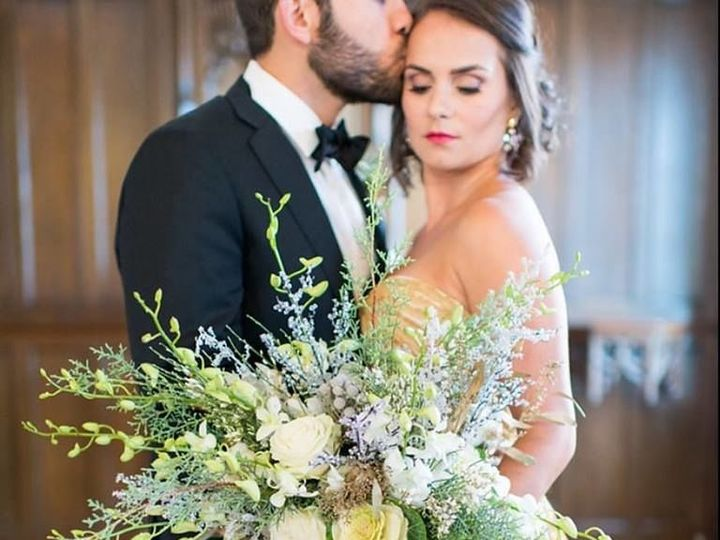 Tmx 1515595028 F88d93999b917851 1515595027 D3e58b02b9112058 1515595037627 2 15181674 128566214 North Kingstown, Rhode Island wedding florist