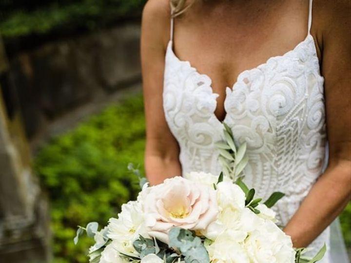 Tmx 1531920687 5220724b649641fd 1531920684 086ef75a62aaa529 1531920683505 18 682B3ED7 FA55 477 North Kingstown, Rhode Island wedding florist