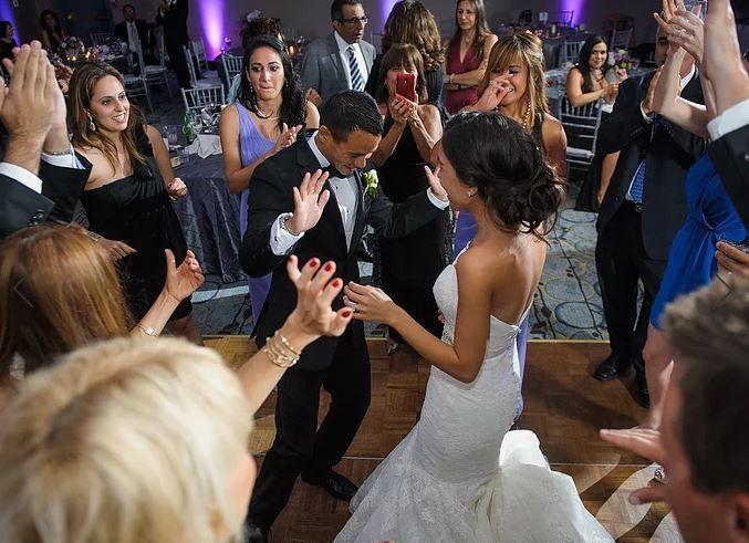 Tmx 1523309750 908c80d38e995859 1523309747 1607892aa46f71a4 1523309741492 2 Aaaaaa West Springfield, MA wedding dj
