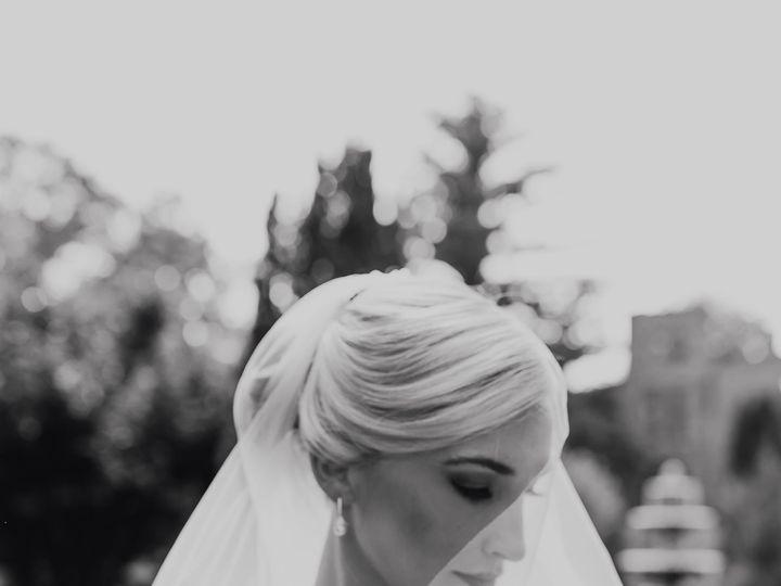 Tmx 1532041314 78cd18528211daae 1532041312 60258a9dcfaeec7a 1532041300359 2 A E Barnsley Garde Chicago, IL wedding photography