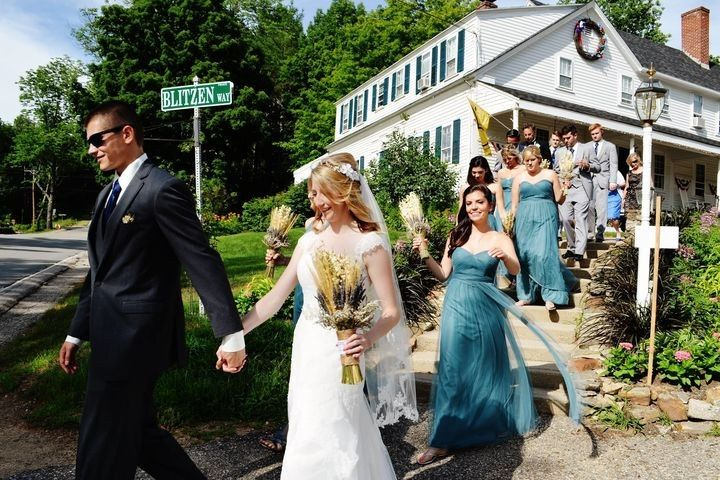 Bridal party procession