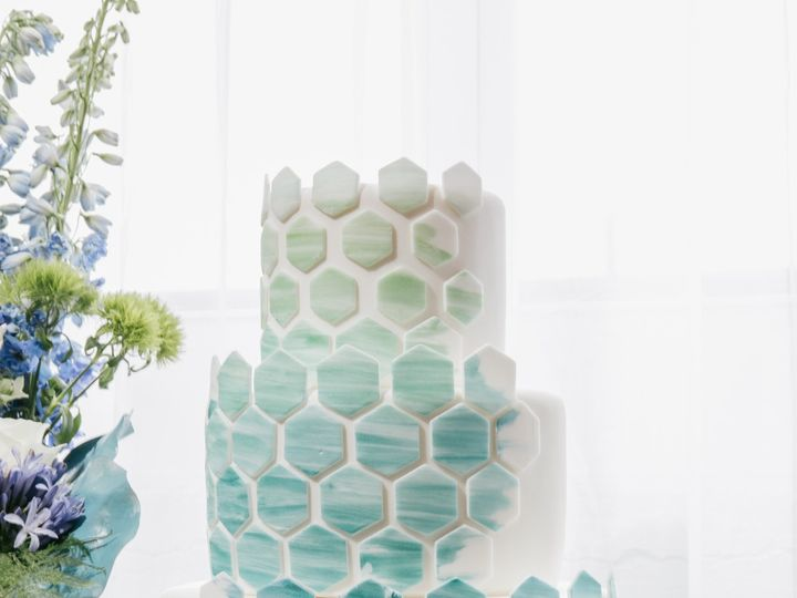 Tmx 1490114000171 066 Philadelphia wedding cake