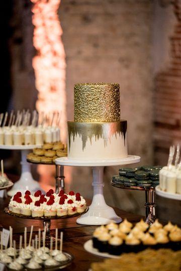 2 Tier Gold Wedding Cake