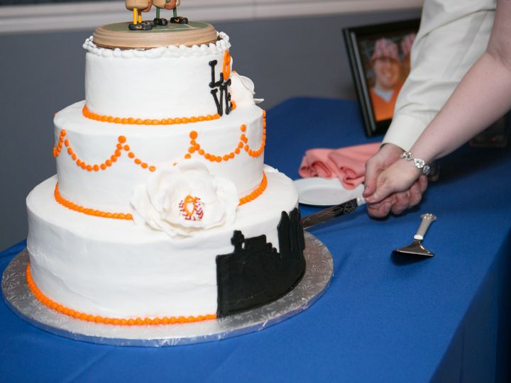 Tmx 1476132451815 Lurzwedding0538 Towson, Maryland wedding cake