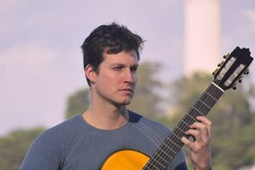 Jard Davis, Classical Guitar and More for All Occassions
