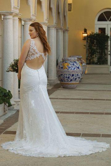 e2a380c3eb37 Love & Lace Bridal Boutique - Dress & Attire - Edgewater, MD ...