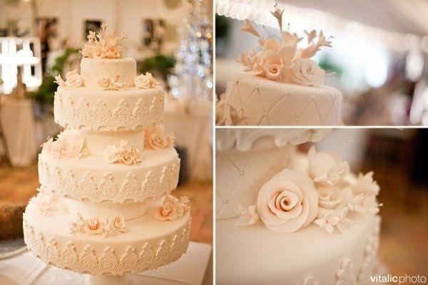 Tmx 1267307113910 Weddingcakes3pic Vero Beach wedding cake