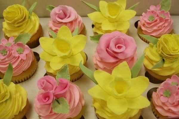 Tmx 1267307153723 Pastelflowercupcake Vero Beach wedding cake