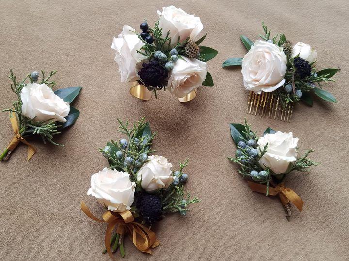 Tmx 20181209 161440 51 1036893 V1 Hickory, NC wedding florist