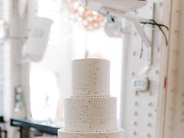 Tmx Clint Victoria Philly Wedding428 1 51 1066893 157601991242545 Philadelphia, PA wedding cake