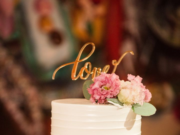 Tmx Erinadam 2018 0663 51 1066893 157601987957746 Philadelphia, PA wedding cake