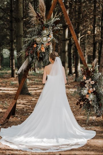 The bride  - Gordon Bubolz Nature Preserve
