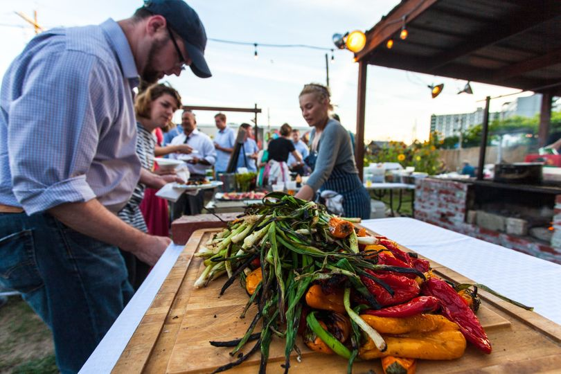 fresh seasonal ingredients and farm to table experience
