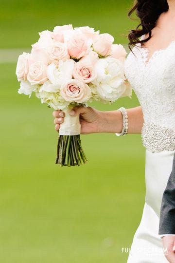 Vaso bello celebrations flowers palm springs ca weddingwire vaso bello celebrations lauren and jake wedding 378 mightylinksfo