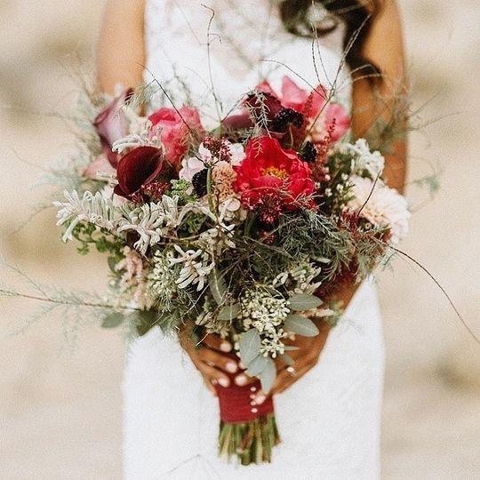 Vaso Bello Bridal Bouquet