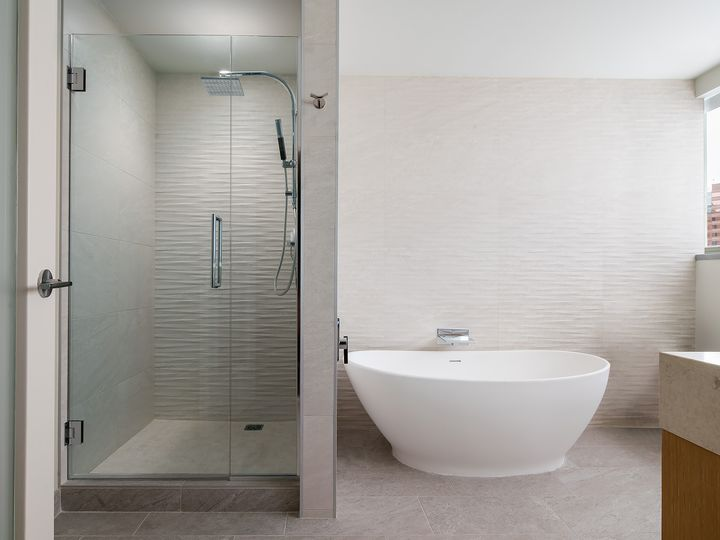 Tmx Wes Houwa Bathroom King Suite 51 1057993 159484384848222 Houston, TX wedding venue
