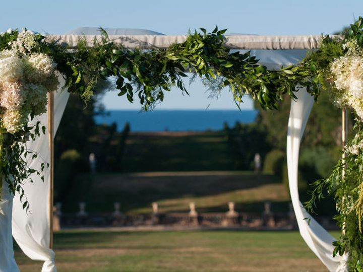 Tmx 1444140281967 Chuppah Wgarland Ipswich, Massachusetts wedding florist