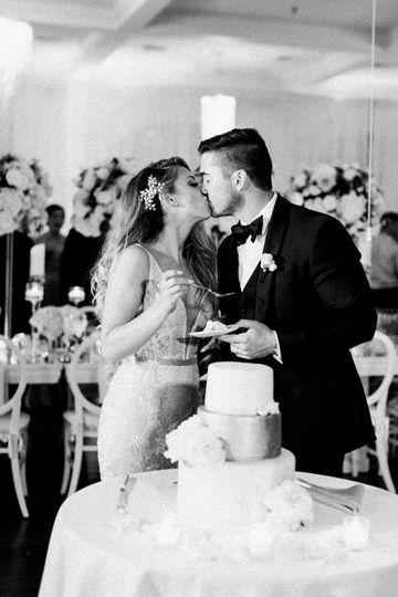 meg patrick wedding 990 51 370004 161378332797822