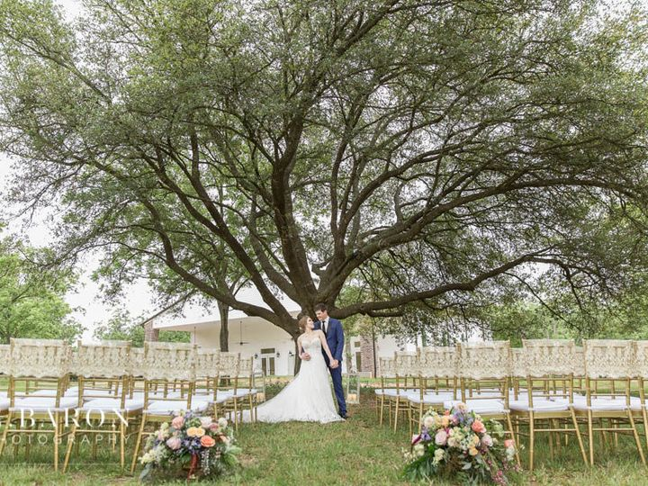 Tmx 1535000634 6a9e9913088db123 1535000633 616017095e1e9fc2 1535000632501 9 67432530 9602 4D62 Tomball, TX wedding venue